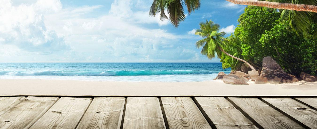 Beach-and-Wooden-Pier-Banner